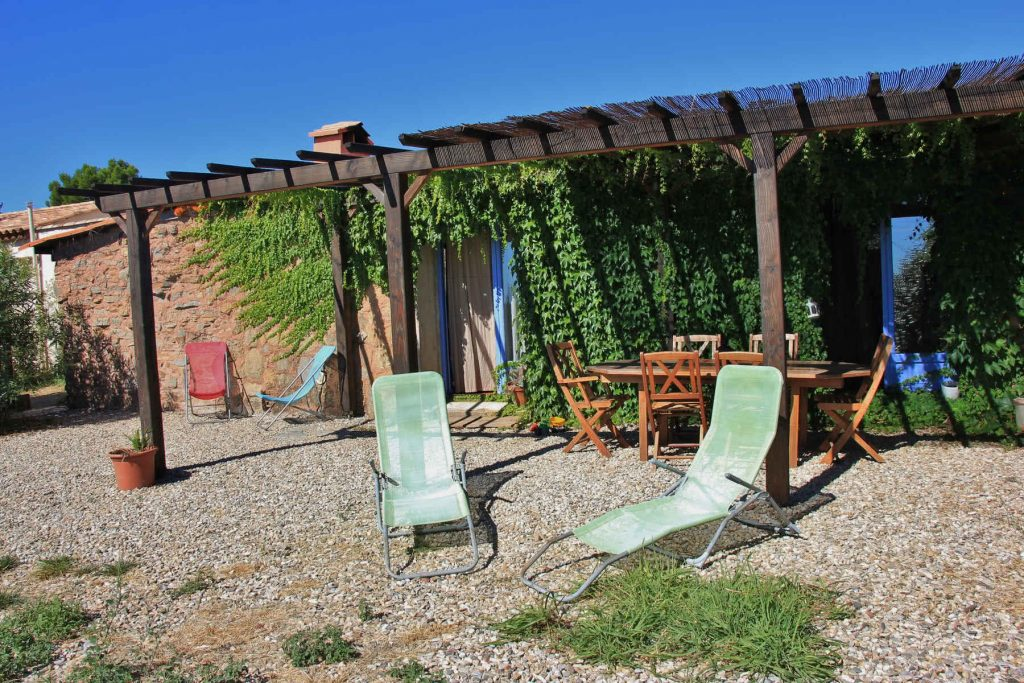 Chaises longues de la terrasse